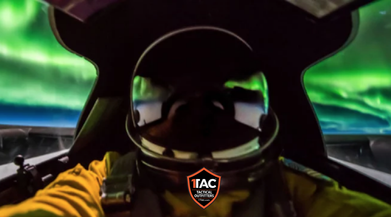 This U-2 Spy Plane Pilot Photographed the Northern Lights Up Close